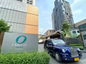 Read more about the article Oakwood Drives Service Innovation with Launch of CABB Taxi Service for Guests in Bangkok