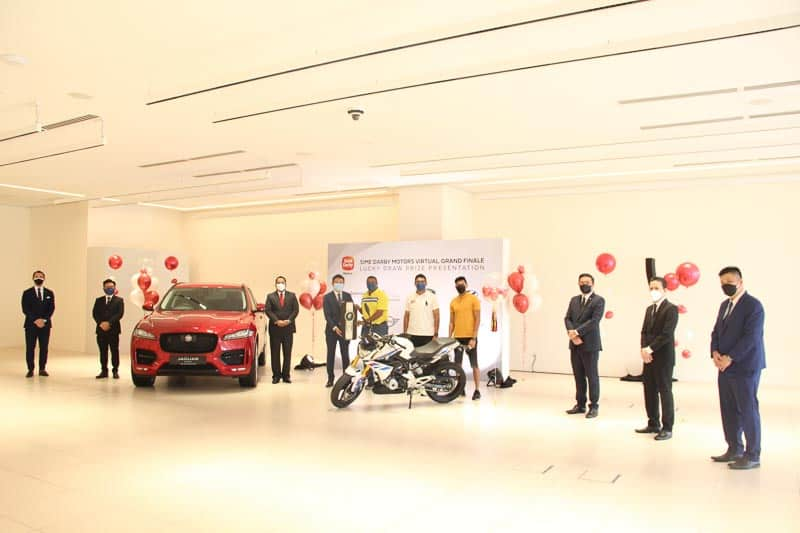 Read more about the article Sime Darby Motors Virtual Carnival Lucky Draw Winner Rides Home A BMW G310R